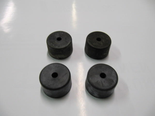 cav779 - set rubber engine support